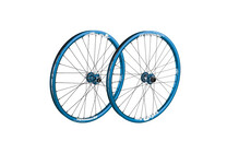 Spank Spoon32 EVO wheelset 20mm + 12/135mm blue
